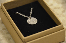 "Load image into Gallery viewer, Love Carlisle 16"" Rose Gold Silver Circle Pendant Necklace"