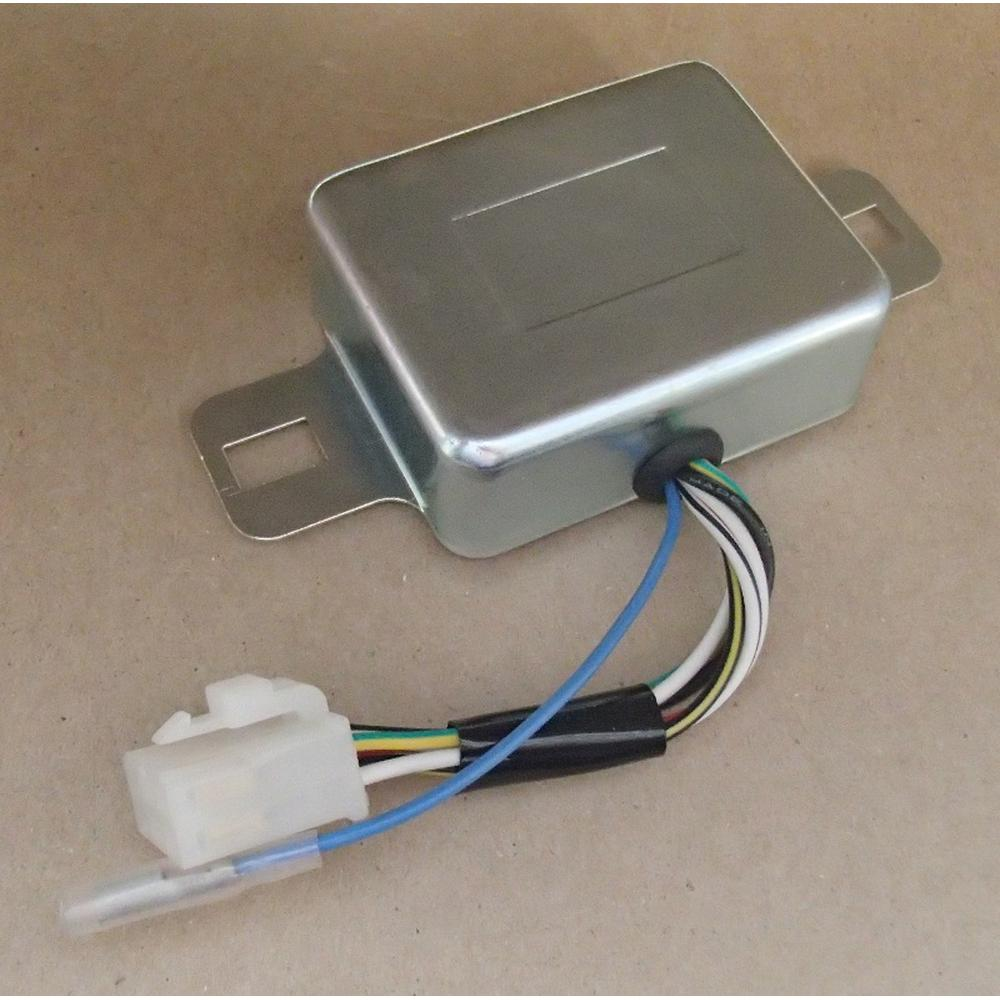 1002863C1 Voltage Regulator
