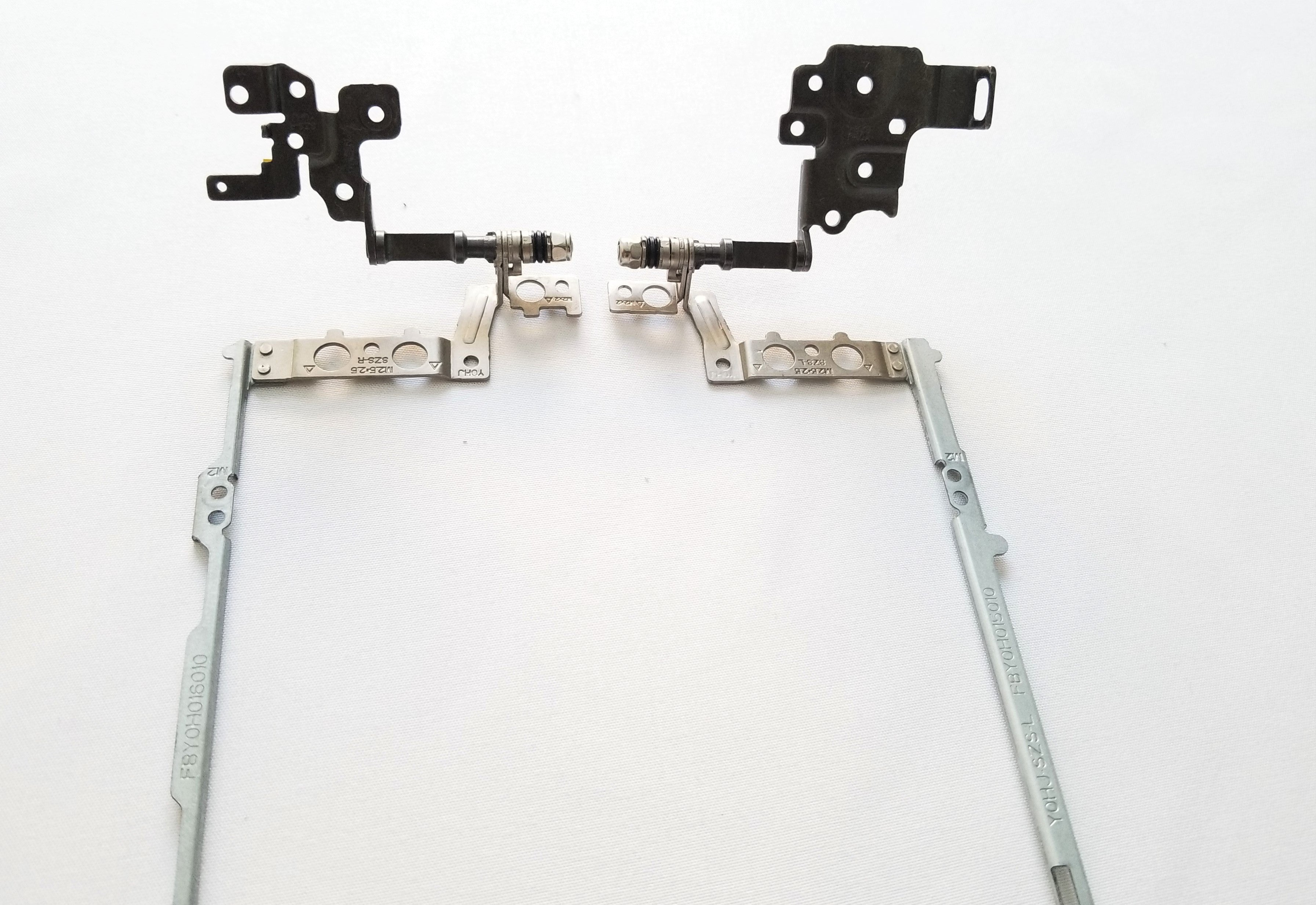 HP STREAM 11-AH117WM Hinge Set (Left + Right) - 902955-001