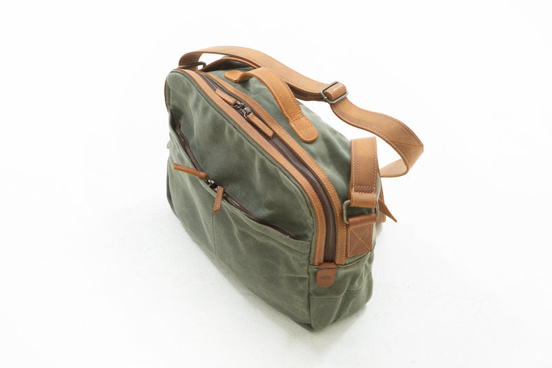 Call it a travel bag or a messenger bag. From laptops to your basic necessities, this lightweight, weatherproof bag will prove invaluable. Whether you carry your bag on your next action planned vacation or to the nearest coffee shop, WR travel bag will surely leave an impression.