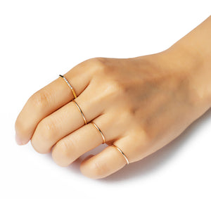 14k yellow gold round wire ring - LODAGOLD