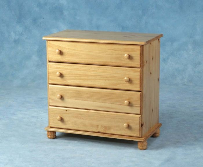 Pine 4 Drawer Chest
