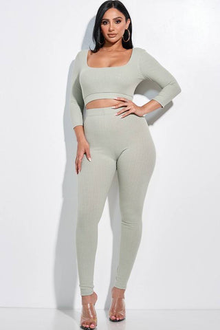 Solid Pointelle Stitch 3/4 Sleeve Scoop Neck Cropped Top And Leggings Two
