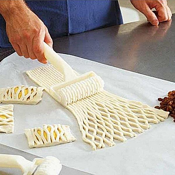 New Dough Bread Cookies Pie Cake Lattice Pastry Cutter Roller Home Kitchen Craft Tool