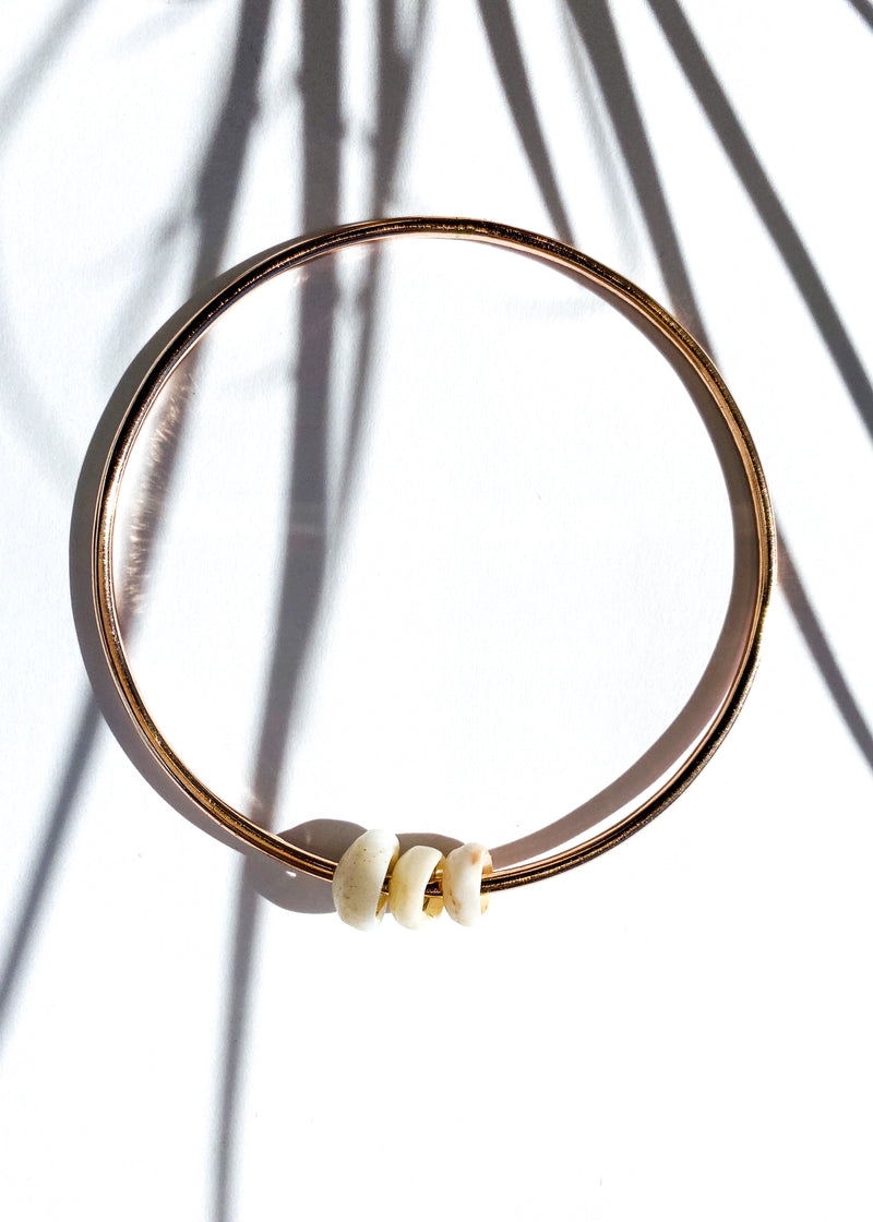 Single Bangle with Pukas