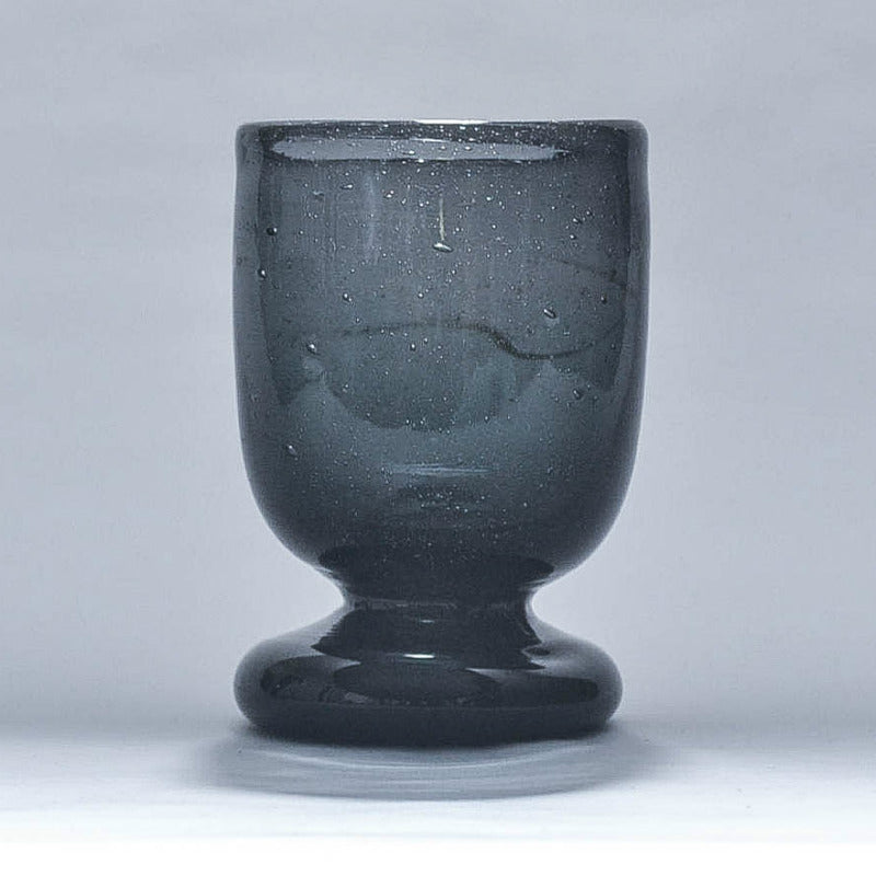 products/all-black-seated-mouth-glass.jpg