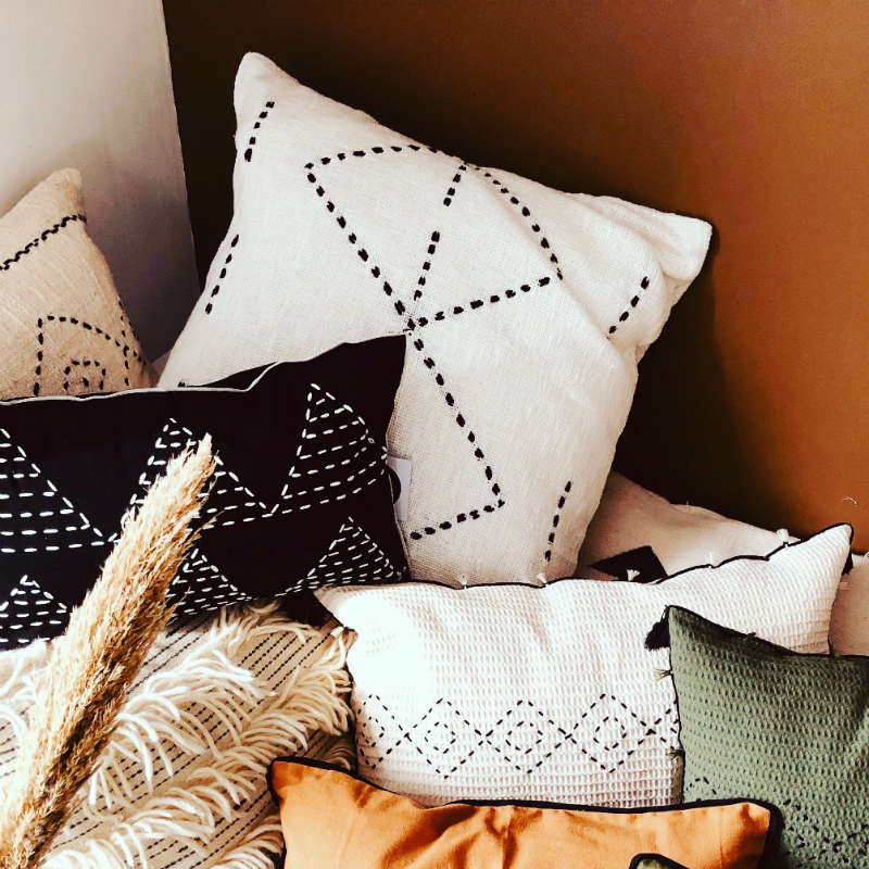 products/coussin-berberehome-blanc-motif-ethnique.jpg