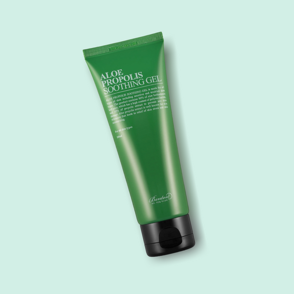 This BENTON Aloe Propolis Soothing Gel is filled with potent skin-friendly ingredients, such as 80% Aloe Leaf Juice and 10% Bee Propolis. It soothes irritated skin, that suffers from redness and impurities.