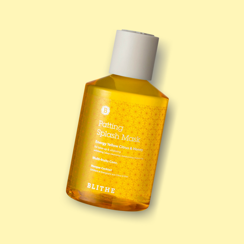 The Patting Splash Mask Energy Yellow Citrus & Honey is an innovative mask treatment from BLITHE, which is diluted with water and gives your skin a particularly soothing and effective care after facial cleansing.