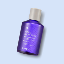The Patting Splash Mask Rejuvenating Purple Berry is an innovative mask treatment from BLITHE that is diluted with water and gives your skin a particularly soothing and effective care after cleansing your face.