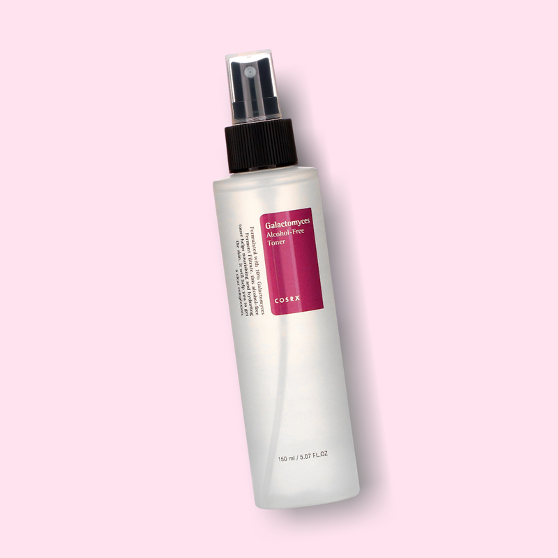 Galactomyces Alcohol-Free Toner is a gentle solution to dull skin. This toner is made up of powerful active ingredients, which help achieve a luminous and tightened complexion, without irritating or dehydrating the skin.