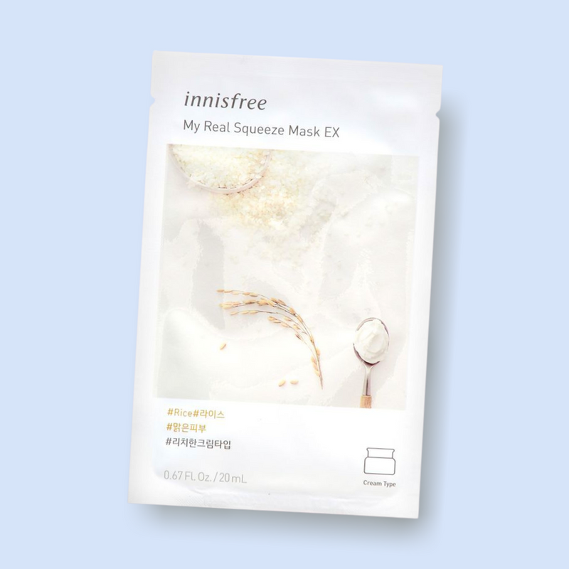 Innisfree My Real Squeeze Mask Rice nourishes your complexion, leaving the skin radiant and healthy. This rich cream-type mask is infused with rice extract. Being extracted by a cold brew squeeze process and packed with rice, this mask has nourishing proponents which keeps skin clear, hydrated and healthy.