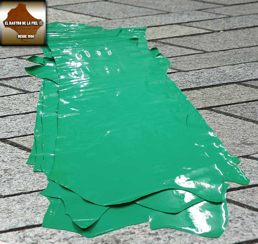 REF GREEN PATENT LEATHER. CH-028-1112