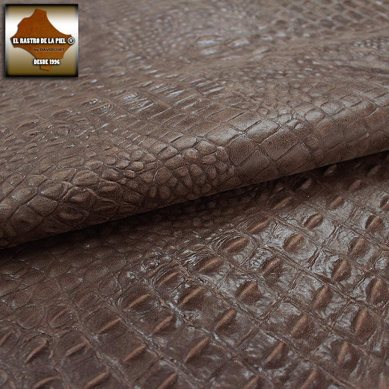Worn BROWN CROCODILE ENGRAVED LEATHER REF. CO-578-14