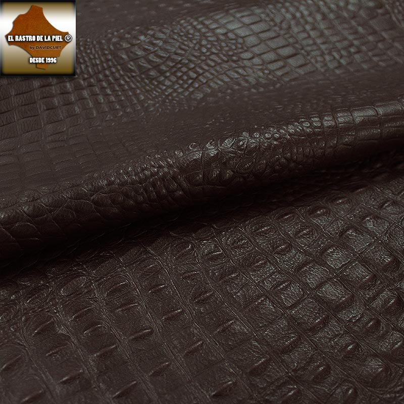 BROWN AGED CROCODILE ENGRAVED LEATHER REF. CO-586-1819