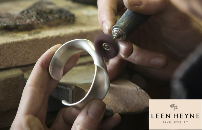 Leen Heyne - Dutch Contemporary Jewelry Designer and Goldsmith - Featured on the Norwegian Jewelry Blog