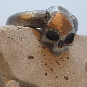 André Normann Memento Vivere Skull Ring | Norwegian Jewelry designer and goldsmith in Østfold Norway