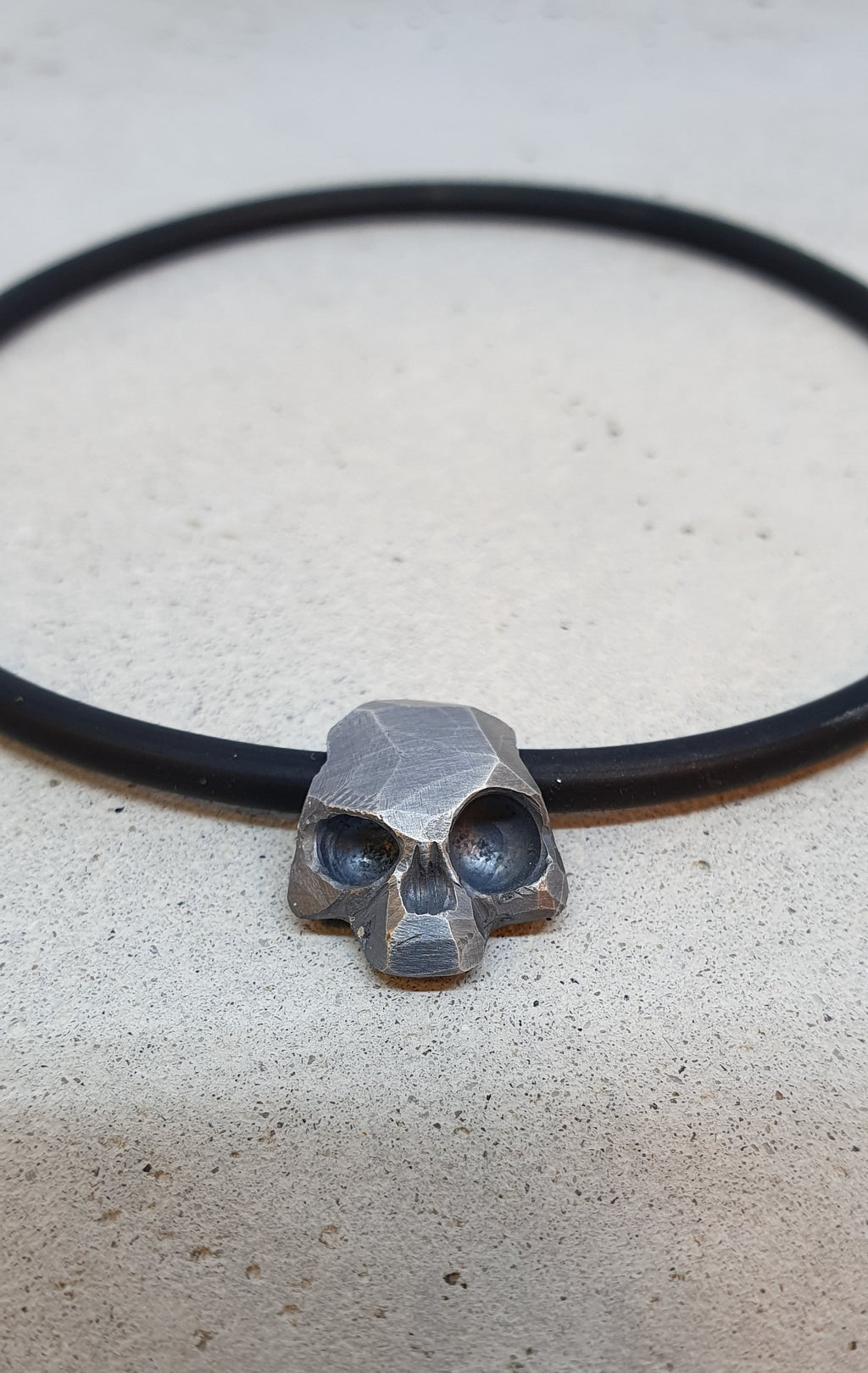 André Normann Memento Vivere Skull Bracelet | Norwegian Jewelry designer and goldsmith in Østfold Norway