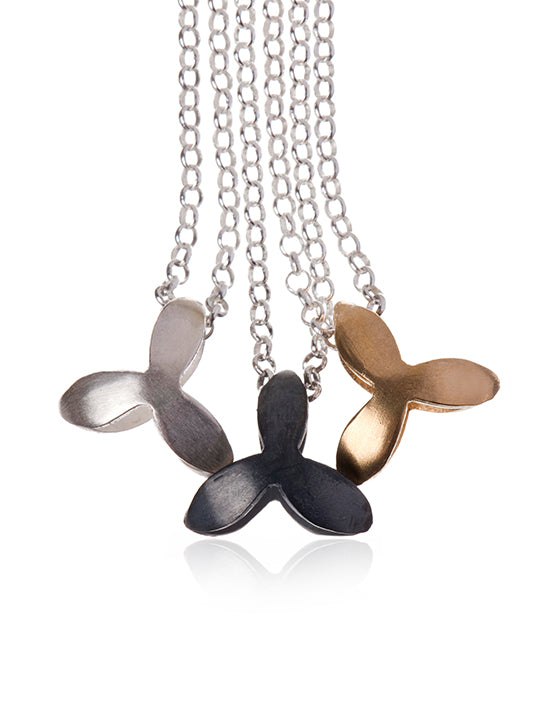 NETTVERK SMALL NECKLACE by Linn Sigrid Bratland - Norwegian Jewelry.
