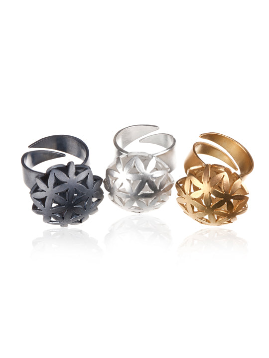 NETTVERK RING (2 cm diameter) by Linn Sigrid Bratland - Norwegian Jewelry.