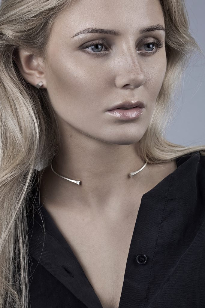 FUNDAMENT CHOKER