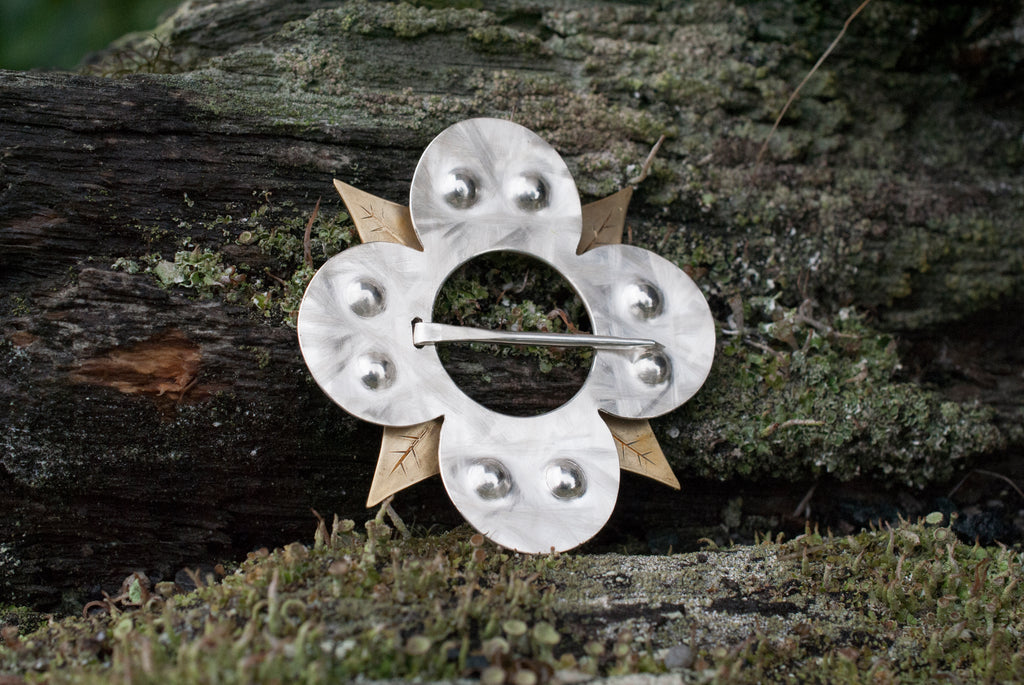 Ridderhus - Søljeblad Brooch - Norwegian Jewelry features artisan jewellery designers and goldsmiths from Norway.