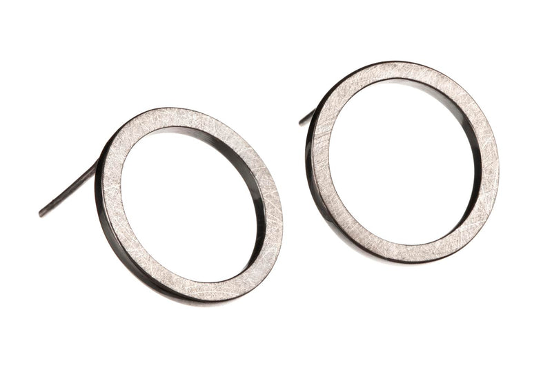 ORICULA LUCIDUS earrings by Undlien design - a Norwegian jewelry designer in Oslo, Norway.