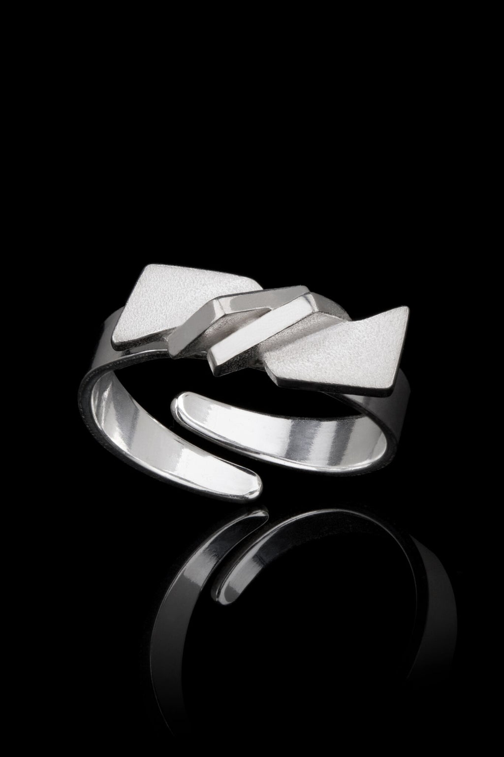 IGJ Design - Mountain Ring Rings - Norwegian Jewelry features artisan jewellery designers and goldsmiths from Norway.