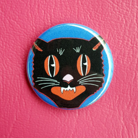 Halloween Black Cat Head Classic   Vintage Vibe 1.25 inch Pinback Button or Magnet