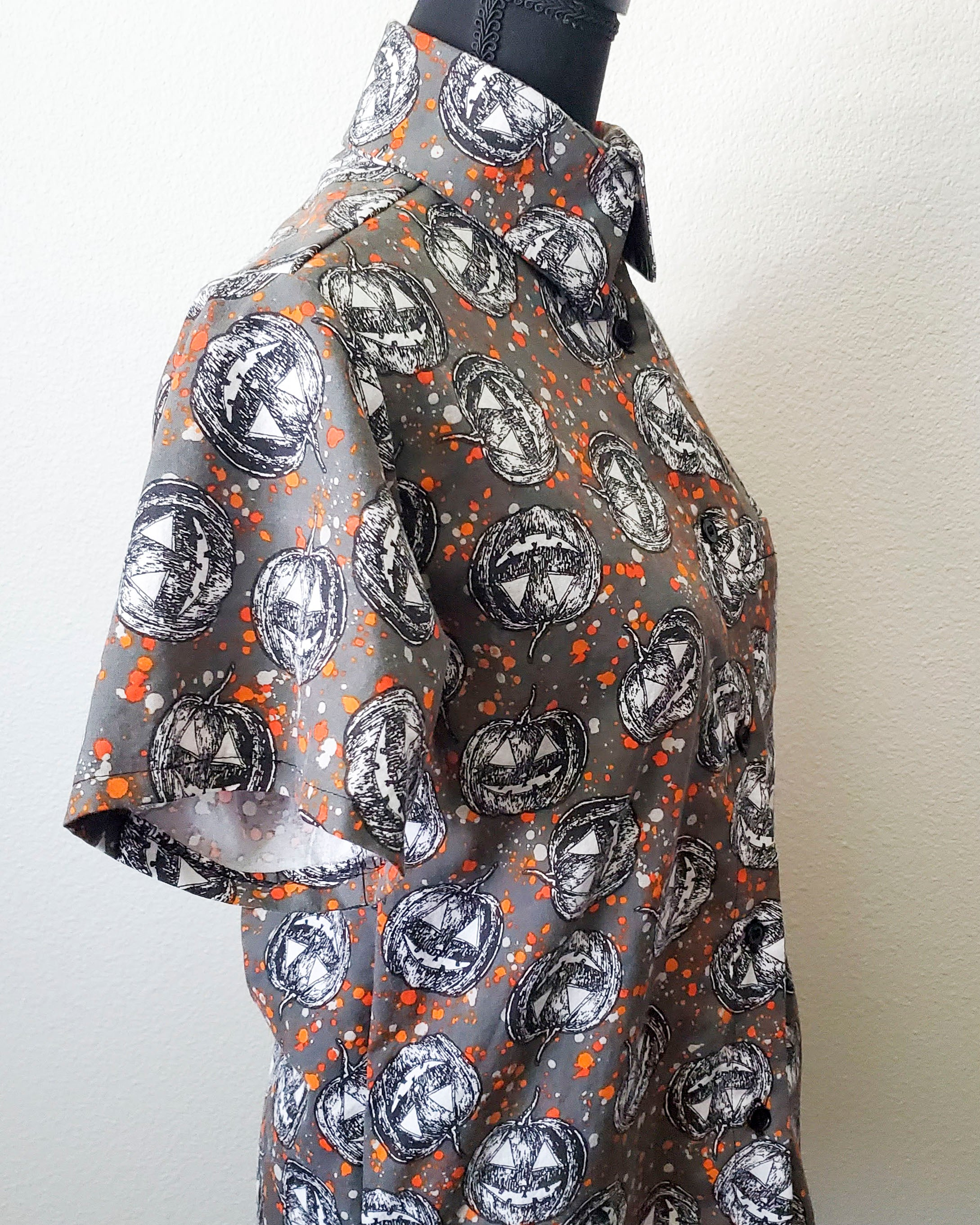 Spooky Jack o' Lantern Button Up Shirt