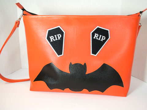 Bat O'Lantern Large Zipper Tote