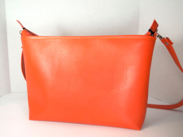 Bat O'Lantern Small Zipper Tote