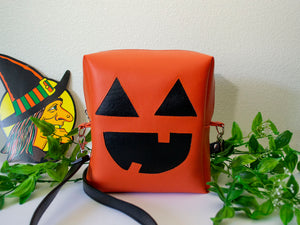 Cute O' Lantern Pumpkin Bat Box Purse - Orange