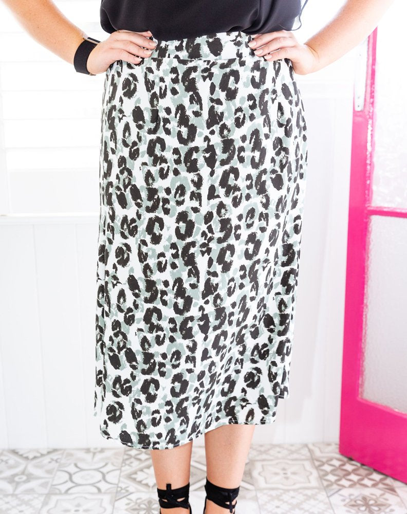 Indigo Babe - Sage Skirt in Black & White Leopard
