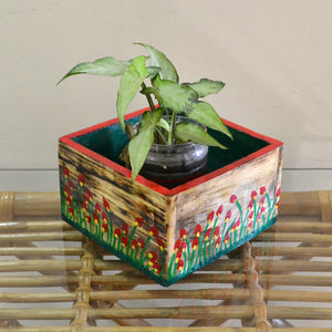 Chinhhari arts Wooden hand painted set of 4 planter/decor - CHWP006