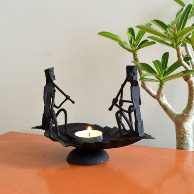 Chinhhari arts Wrought Iron boat candle stand