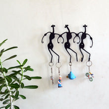 Chinhhari arts Wrought Iron Tribal Dance 6 Hook Keychain Holder - Chinhhari Arts store