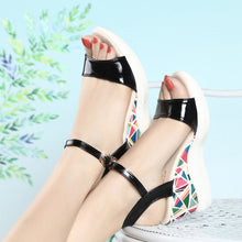 Load image into Gallery viewer, 2019 Women Sandals Fashion Wedges Summer Shoes Buckle Platform Sandals Women Casual Beach Sandals Women Shoes