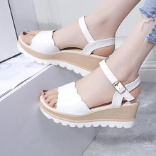 Load image into Gallery viewer, Women Sandals 2019 Student Wedges Summer Shoes Platform Sandals Women Casual Beach Sandals Women Sandalias White