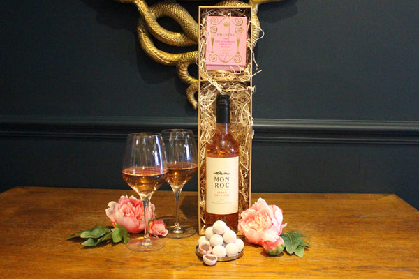 Valentine's Special – Rosé & Truffles Gift Box