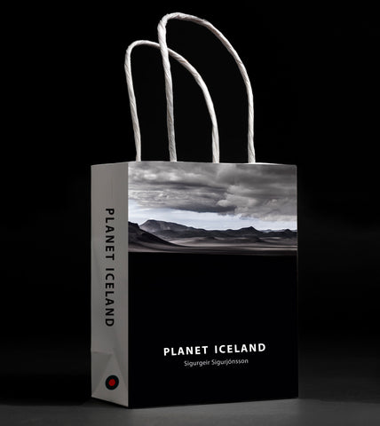 Planet Iceland in a bag, black version