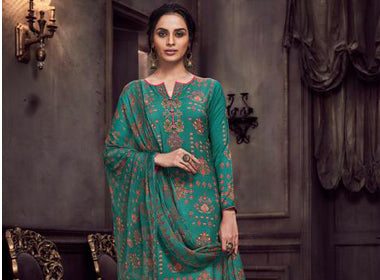 1ac6bdfd55a Buy latest Indian Salwar Kameez online