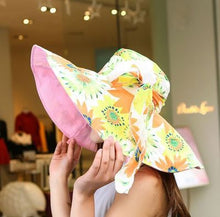 Cargar imagen en el visor de la galería, Summer large brim beach sun hats for women UV protection