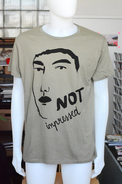 "T-shirt ""not impressed"""