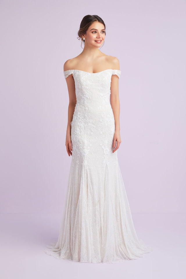 Swag Sleeve Layered Lace Trumpet Wedding Dress
