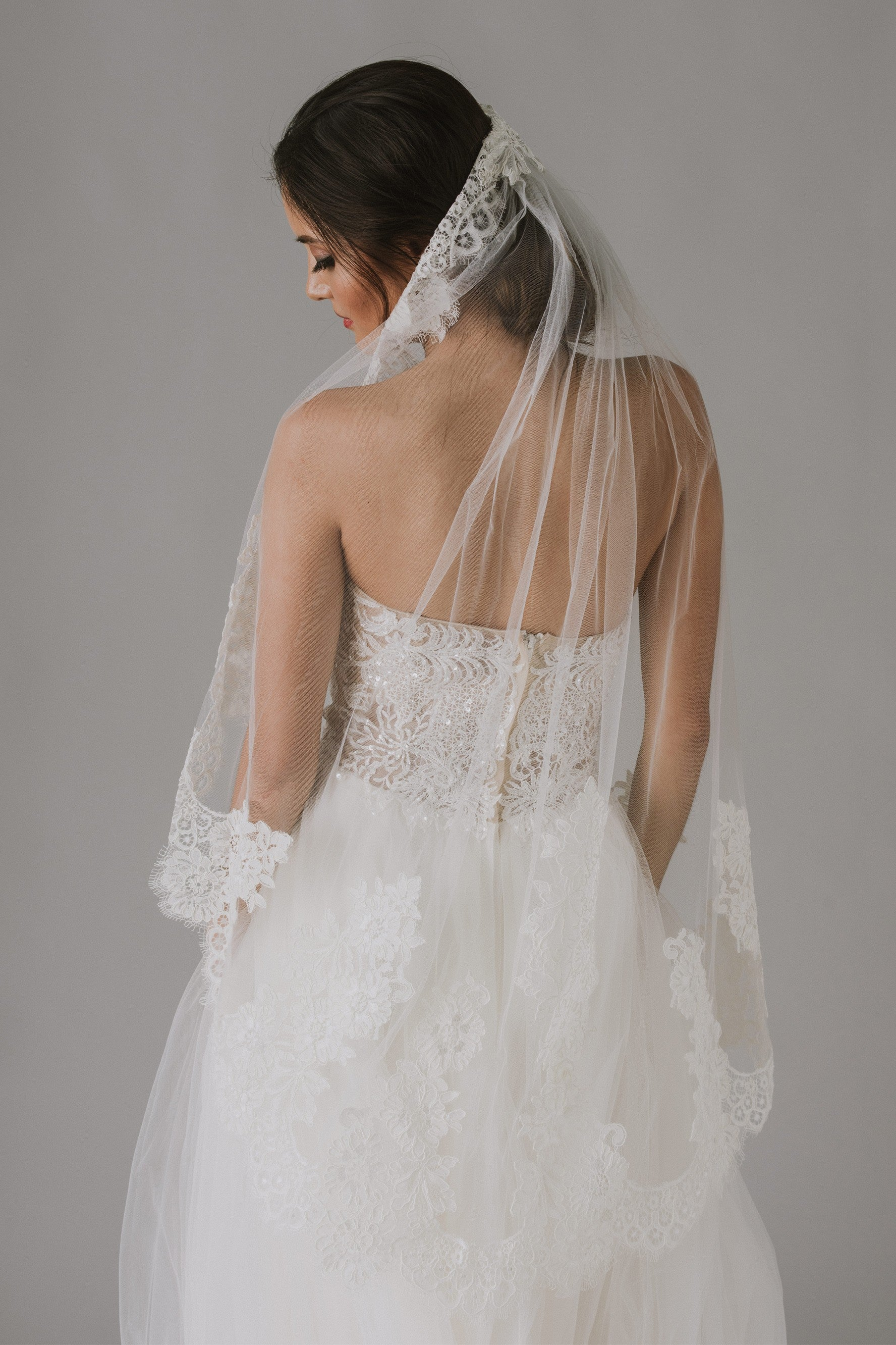 One Tier Mid Veil with Trailing Lace-WPD16266M