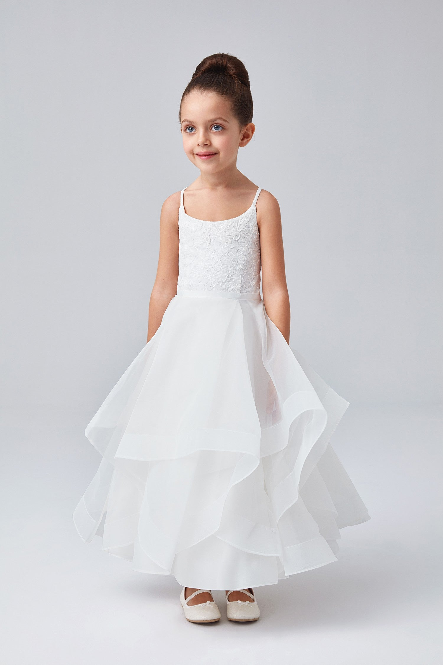 Lace And Tulle Flower Girl Dress With Full Skirt Wg1371