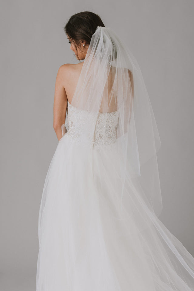 Two-tier Walking Length Veil with Raw Edge