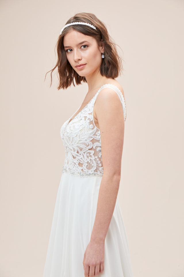 Lace Applique Illusion Chiffon Skirt Wedding Dress