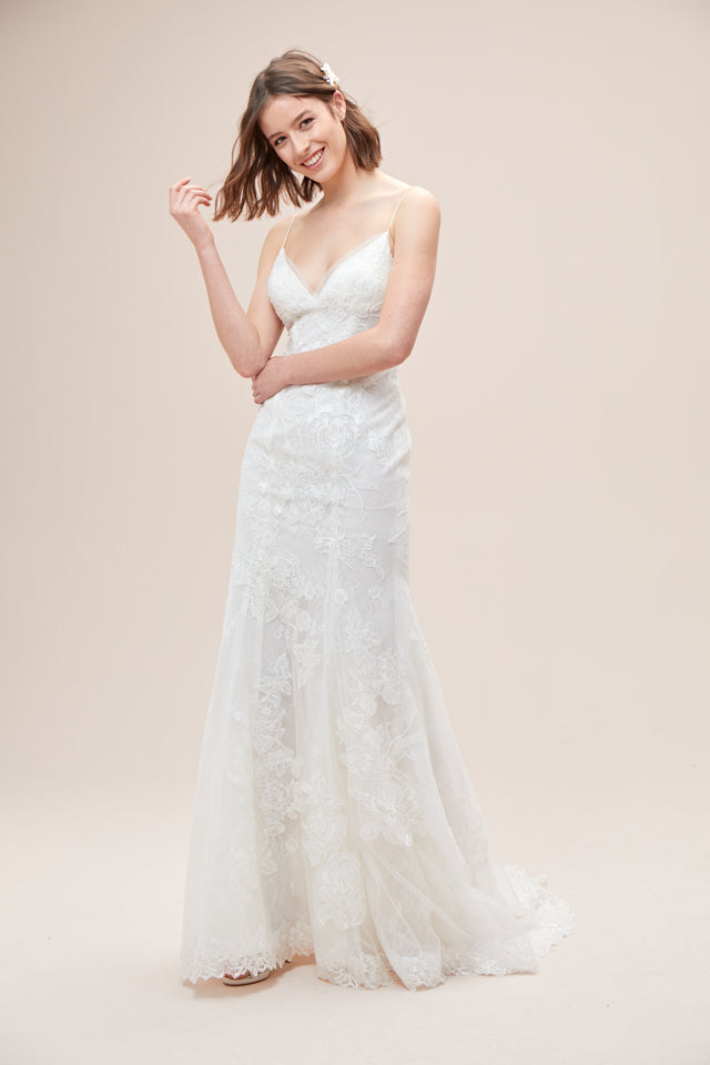 Floral Lace Applique Spaghetti-Strap Wedding Dress